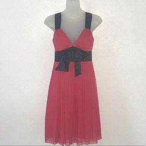 Alyn Paige Womens Dress S Red Black V Neck Front